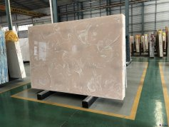 Artificial onyx slabs